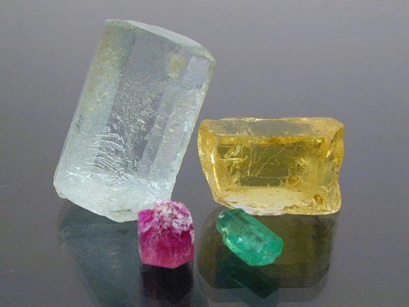 Beril - Cristale naturale - Pietre semipretioase