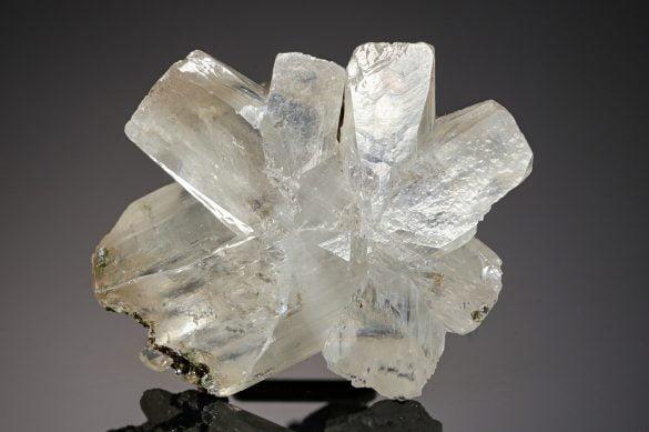 Ceruzit - Cristale naturale - Pietre semipretioase