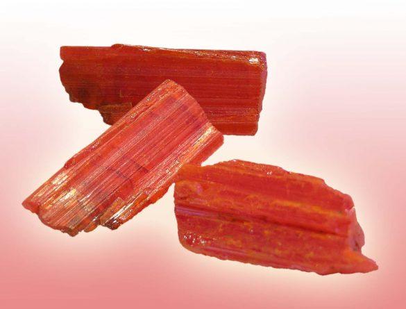 Crocoit - Cristale naturale - Pietre semipretioase