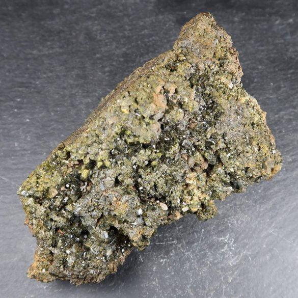 Epidot - Cristale naturale - Pietre semipretioase