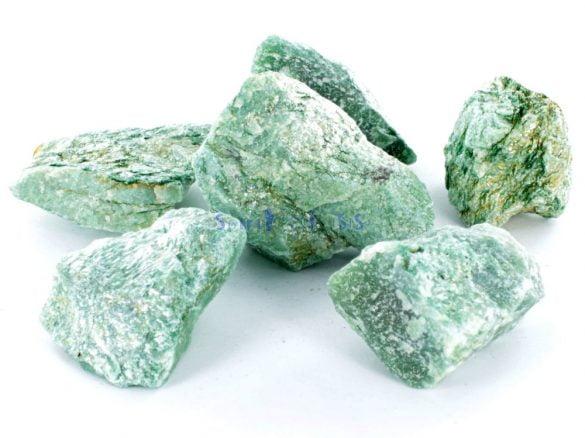 Fucsit - Cristale naturale - Pietre semipretioase