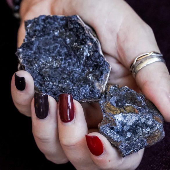 Goetit - Cristale naturale - Pietre semipretioase