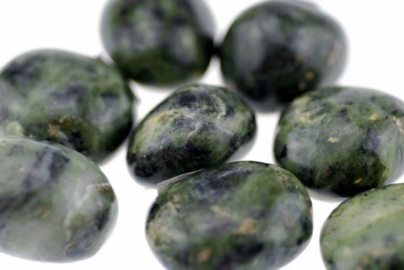 Nefrit - Cristale naturale - Pietre semipretioase