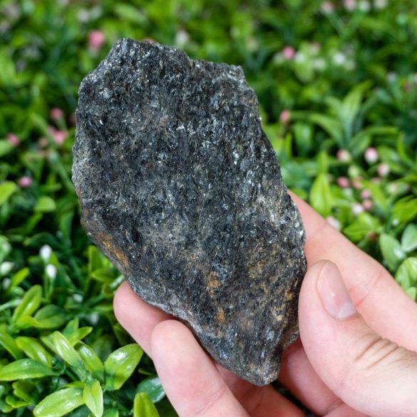 Nuumit - Cristale naturale - Pietre semipretioase