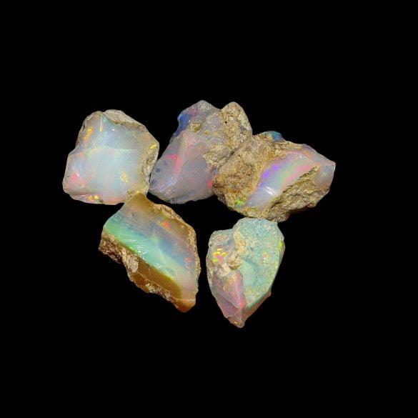 Opal - Cristale naturale - Pietre semipretioase