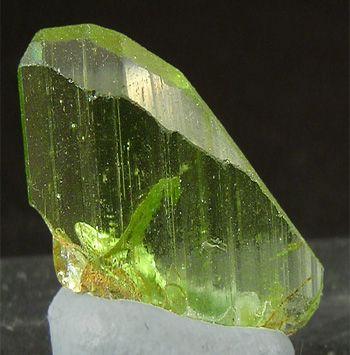 Peridot - Cristale naturale - Pietre semipretioase