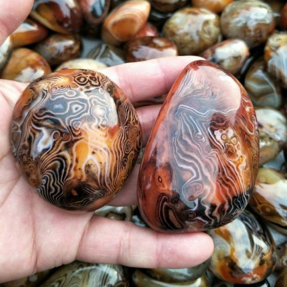 Sardonix - Cristale naturale - Pietre semipretioase