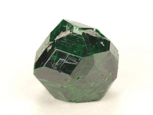 Uvarovit - Cristale naturale - Pietre semipretioase