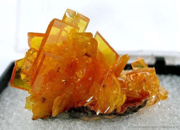 Wulfenit - Cristale naturale - Pietre semipretioase